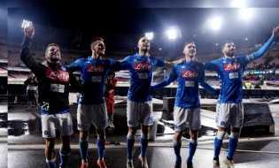 Napoli Tundukkan Lazio 2-1