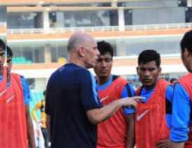 Pelatih India Mengundurkan Diri