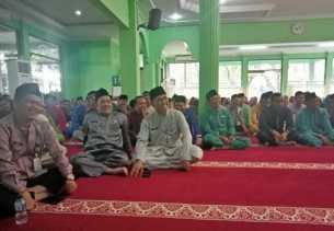 Pengajian di Masjid Nur Salim Dipadati Puluhan ASN