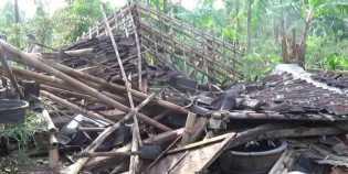 Diterjang Puting Beliung, 60 Unit Rumah di Manggarai Barat Rusak