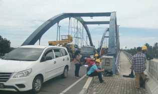 KPK Cari Bukti Korupsi, Jembatan Water Front City Bangkinang Ditutup Sementara