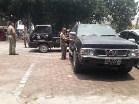 Satpol PP Pekanbaru Tarik 1 Unit Mobdin Dari Tangan Mantan Anggota DPRD Inisial DO