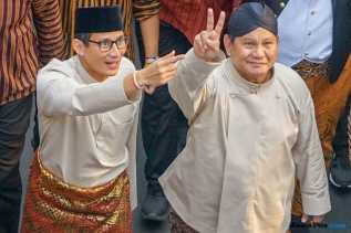 Strategi Tim Prabowo Kuasai Basis Jokowi