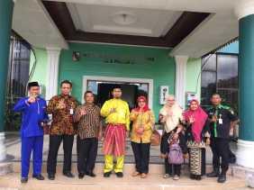 Perkim LH Padang Panjang Belajar ke Pekanbaru Cara Raih Adiwiyata