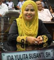 Ida: Pemko Pekanbaru tidak Punya Izin Copot Plt Kepala BPKAD