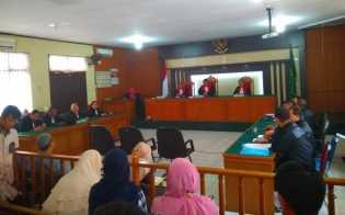 Tiga Dokter Terjerat Korupsi Pengadaan Alkes RSUD AA Masih Ditahan, Kontraktor Diberi Izin Berobat