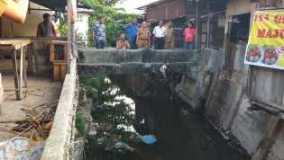 Bersama Fortaru, Kadis PUPR Cari Penyebab Banjir di Sungai Sail