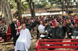 Presiden RI Bersama Rombongannya Lakukan Tahallul Massal