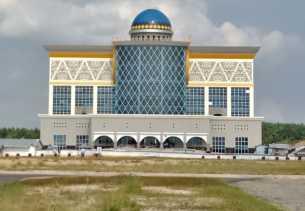 Pembangunan Gedung Utama Perkantoran Walikota Pekanbaru di Tenayan Capai 94 Persen