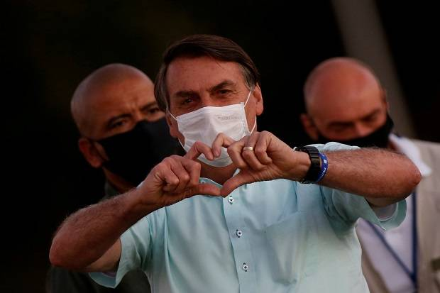 Setelah Dinyatakan Sembuh dari Covid-19, Ada Jamur di Paru-paru Presiden Brazil