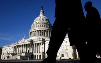 Ratusan Pekerja Federal AS Demo Di Gedung Putih