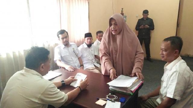 Sikapi Keluhan Masyarakat, Fraksi Gerindra Sidak UPTD Capil Tampan