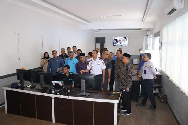 Pansus SOTK DPRD Pekanbaru Kunjungi Dishub dan Distan